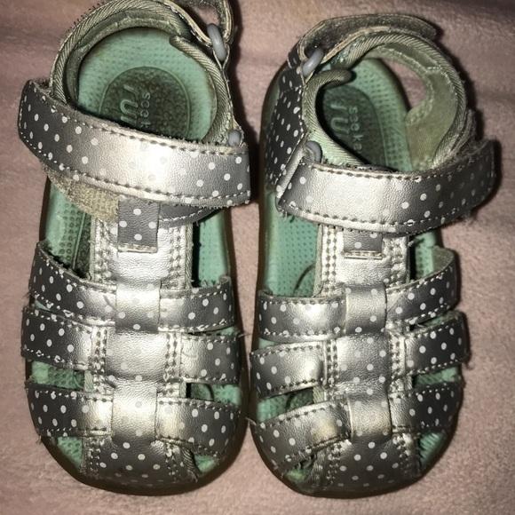 See Kai Run Paley Sandals Size